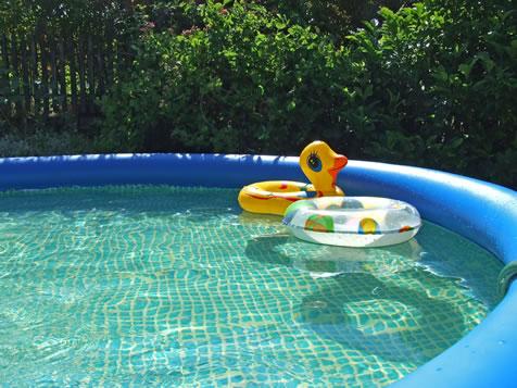 Genial Blow Up Pools